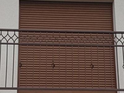 balustrada z żaluzją