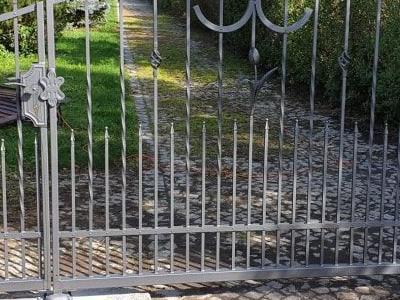 brama stalowa